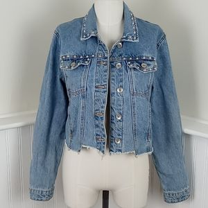 Cropped Mid Wash Studded Denim Jacket